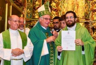 Devotos celebram padroeira e acolhem novo vigário paroquial